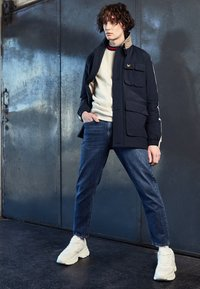Lyle & Scott - ARCHIVE TWIN POCKET RELAXED FIT - Tunn jacka - dark navy - 1