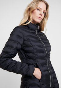 DAY Birger et Mikkelsen - DUNE - Light jacket - black - 3