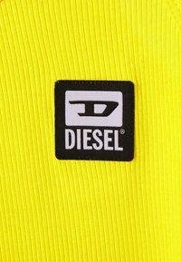 Diesel - UFTK-BABE-C - Top - yeelow - 2