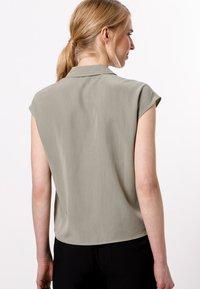 zero - Button-down blouse - sage - 2