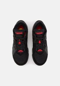 Nike Performance - LEBRON XVIII LOW - Basketball shoes - black/white/university red - 3