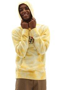 Vans - MN TIE DYE PO - Hoodie - mellow yellow/tie dye - 0