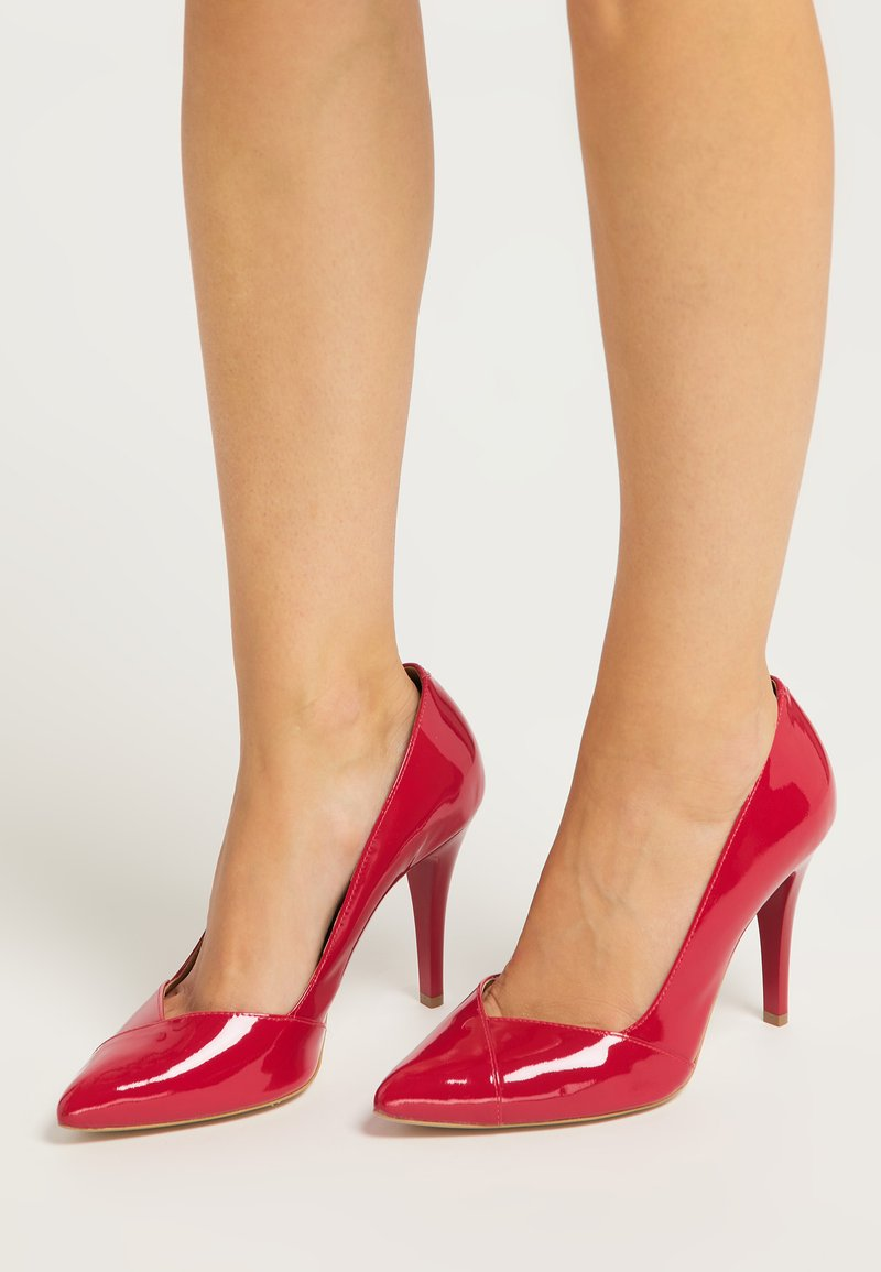 faina - High heels - rot