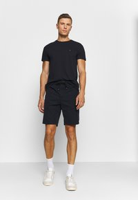 Tommy Hilfiger - SLUB TEE - Basic T-shirt - desert sky - 1