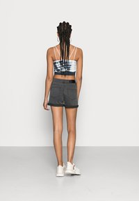 Noisy May - NMBE LUCY FOLD - Denim shorts - dark grey denim - 2