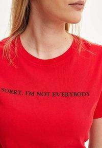 DeFacto - Print T-shirt - red - 3