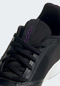 adidas Performance - NOVA FLOW SHOES - Löparskor stabilitet - black - 10