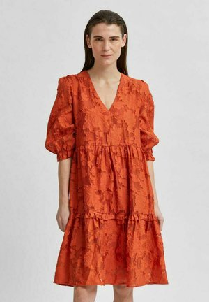 SLFSADIE VNECK  - Day dress - mango