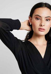 Dorothy Perkins - WRAP OVER LONG SLEEVE - T-shirt à manches longues - black - 4