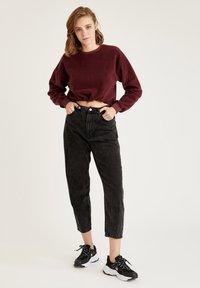 DeFacto - Sweatshirt - bordeaux - 1