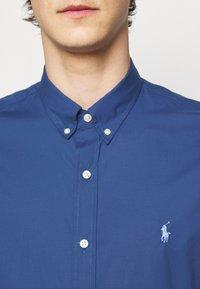 Polo Ralph Lauren - NATURAL - Chemise - federal blue - 5