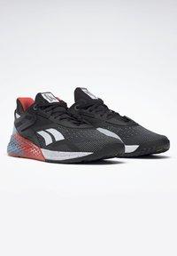 Reebok - NANO X - Chaussures d'entraînement et de fitness - black/white/vivid orange - 5