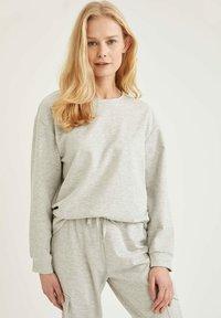 DeFacto - Sweatshirt - grey - 3