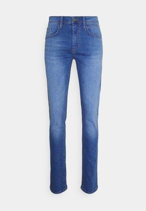 JET FIT - Jeans slim fit - denim clear blue