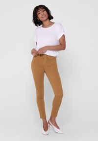 ONLY - ONLY SKINNY FIT JEANS ONLBLUSH MID ANKLE - Jeans Skinny Fit - chipmunk - 1