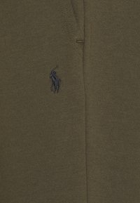 Polo Ralph Lauren - Tracksuit bottoms - company olive - 5