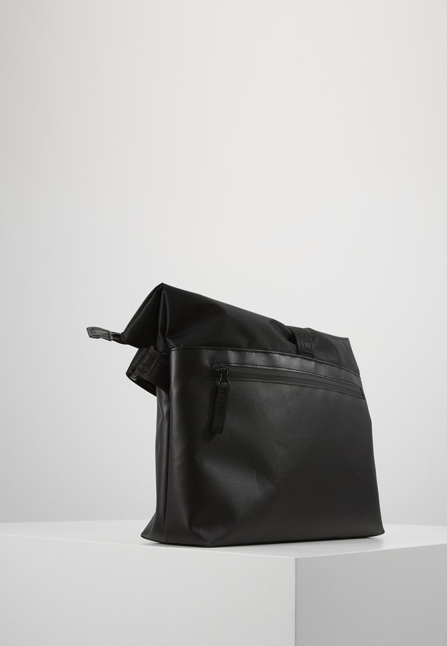 TOLJA SHOULDER BAG - Olkalaukku - black