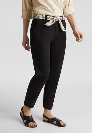 ANKLE-CHINO MIT GÜRTEL, 100% PIMA BAUMWOLLE - Pantalon classique - black