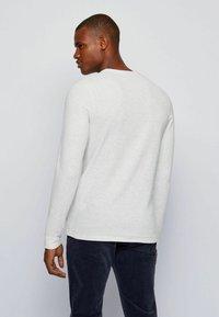 BOSS - TEMPFLASH - Long sleeved top - natural - 3