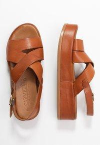 Carmela - Korkeakorkoiset sandaalit - camel - 3