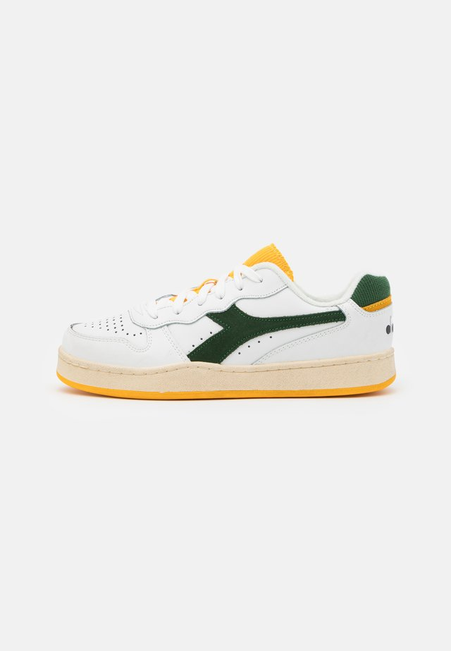 MI BASKET ICONA UNISEX - Trainers - white/greener pastures/goldfinch