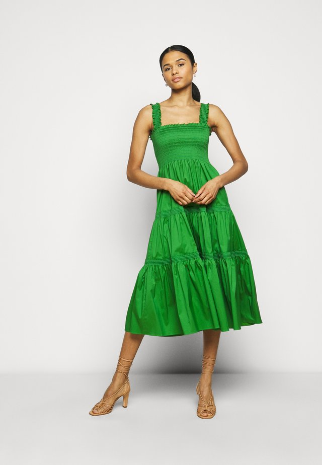 SMOCKED RUFFLE DRESS - Korte jurk - resort green