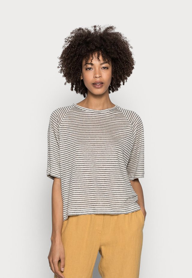 T-shirt con stampa - summer taupe