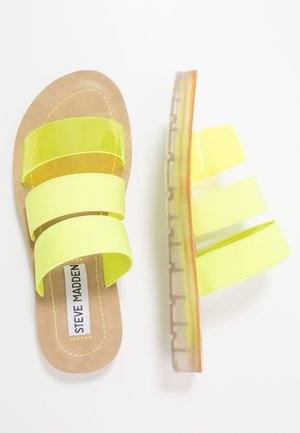 Mules - neon yellow