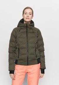 Brunotti - FIRECROWN WOMEN SNOWJACKET - Snowboardová bunda - sprout - 0