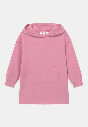 MINI HOODIE  - Denní šaty - prism pink