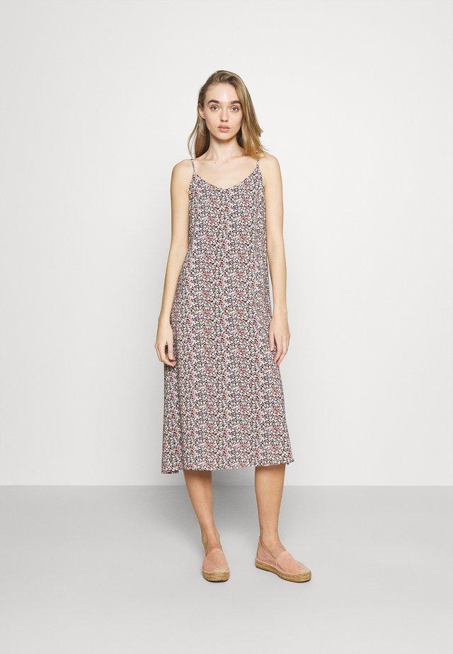 JOELLA SLIP DRESS  - Vardagsklänning - rose tan