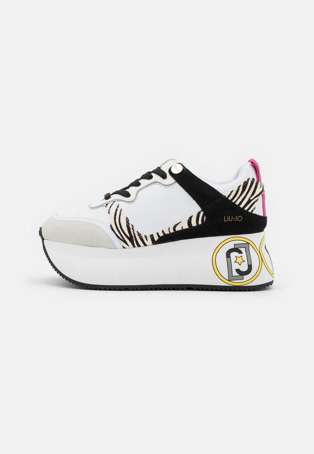 SUPER MAXI - Sneakers basse - white
