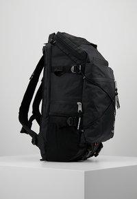 Indispensable - BACKPACK BUSTLE  - Sac à dos - black - 3