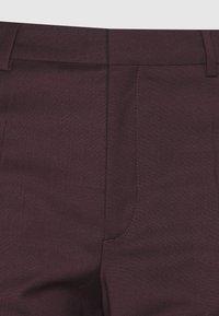 Filippa K - EMMA CROPPED COOL TROUSER - Trousers - maroon - 2