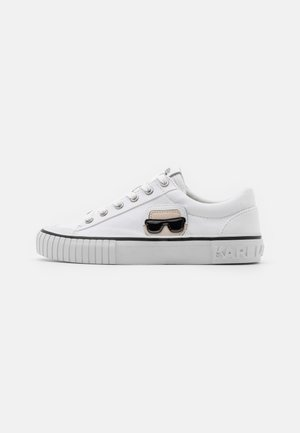 KAMPUS IKONIC LACE - Sneakersy niskie - white