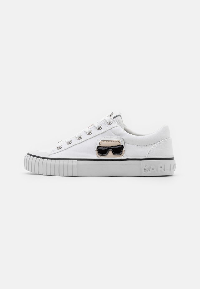 KAMPUS IKONIC LACE - Sneakers laag - white