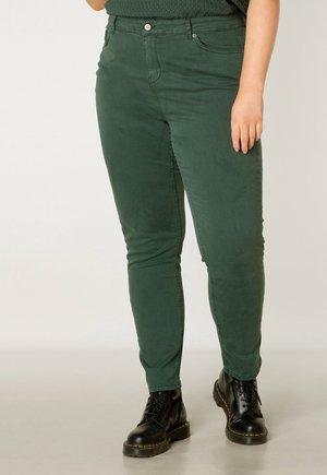 BOTTOMS MELLA ESSENTIAL - Jeans Skinny Fit - dark forest