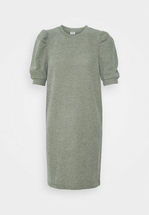 JDYAMAZA DRESS ABOVE KNEE - Jumper dress - aloe