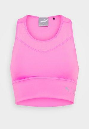 MID IMPACT FIRST MILE LONGLINE BRA - Sports bra - luminous pink