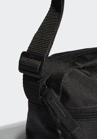 adidas Originals - FESTIVAL UNISEX - Taška spříčným popruhem - black - 3