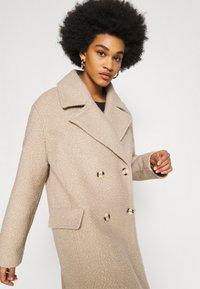 NA-KD - MAXI COAT - Classic coat - light beige - 3