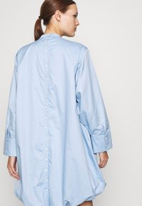 Cras - ADDACRAS DRESS - Sukienka letnia - light blue - 5