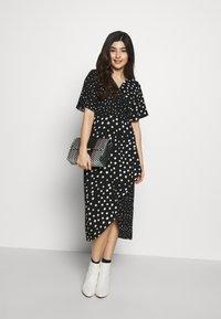 Dorothy Perkins Petite - MONO SPOT MIDI DRESS - Day dress - black - 1