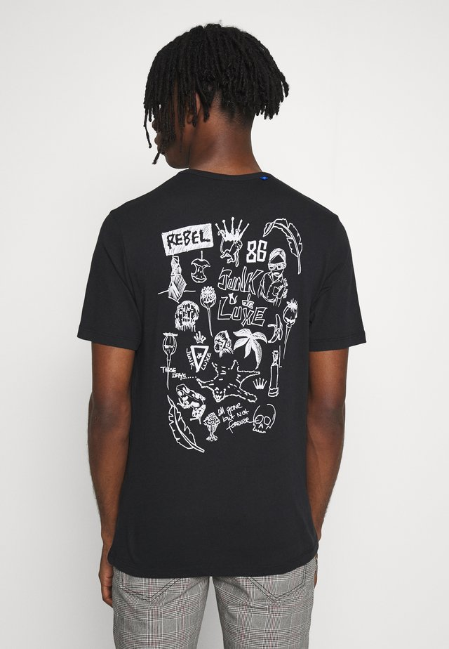 SKETCH ARTWORK TEE - T-shirt med print - black