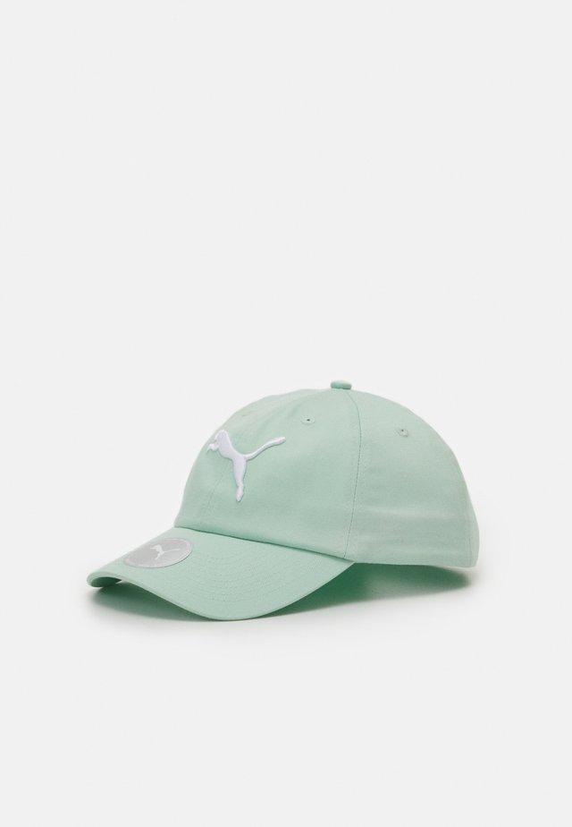 Cap - mist green