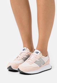 New Balance - WS237 - Baskets basses - rose water - 0