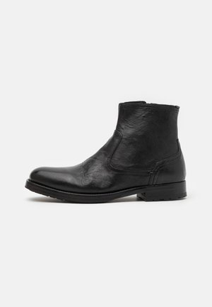 FLYNN - Classic ankle boots - black