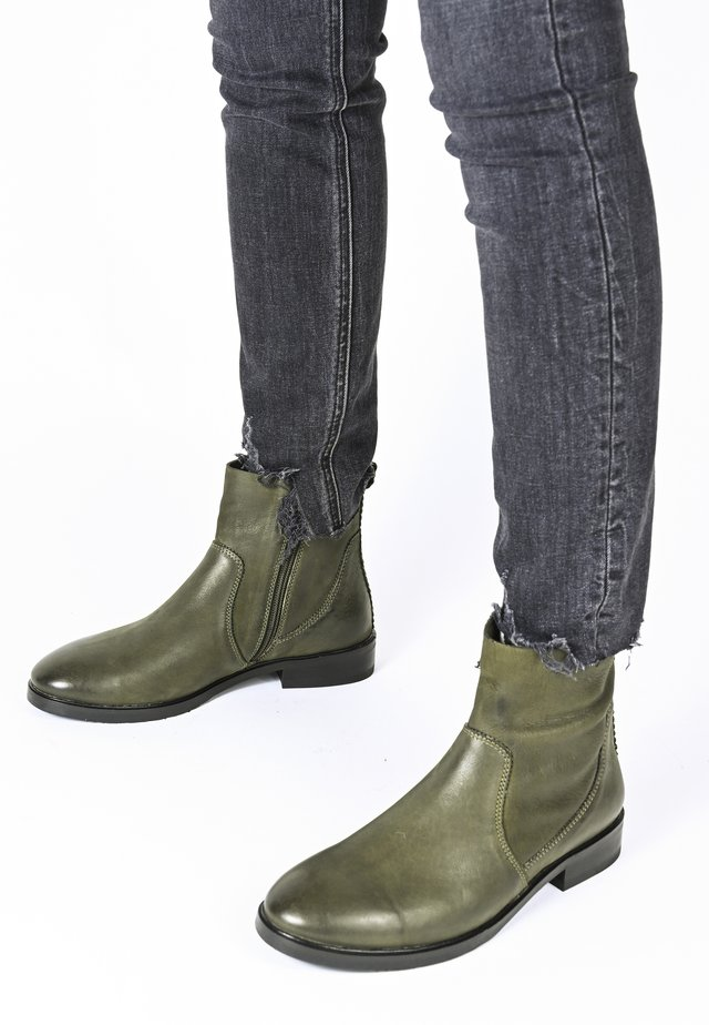 ALLEGRA - Ankle boots - oliv