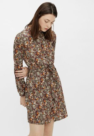 PCRAIN DRESS - Shirt dress - seagrass