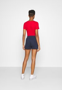 Tommy Jeans - BADGE - Shorts - twilight navy - 2